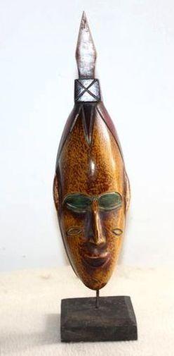 Petit masque passeport sur socle  6528-S6V-1810