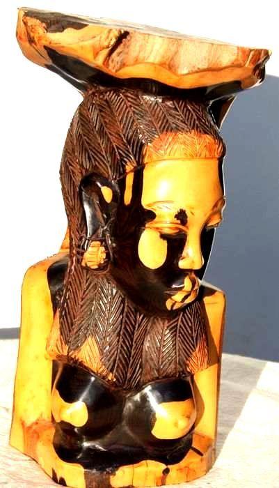 Statuette buste femme en ébène BFE5